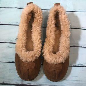 Ugg moccasin shoes